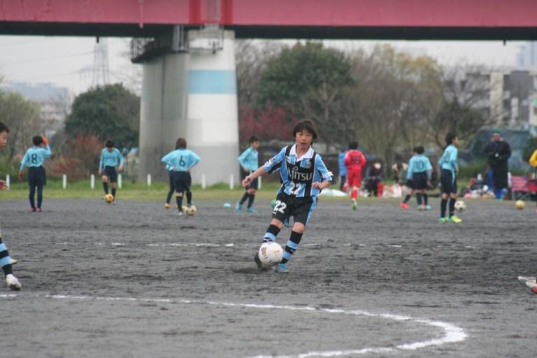 由井航太選手