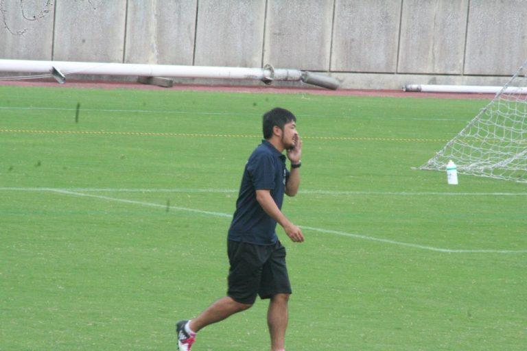 EASTのコーチを務めたコンサドーレ札幌U-15の森川拓巳監督。かつてはフロンターレでも活躍した