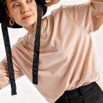 Women's Roll-up Sleeves Slit Shabby Powder Rose T-shirt