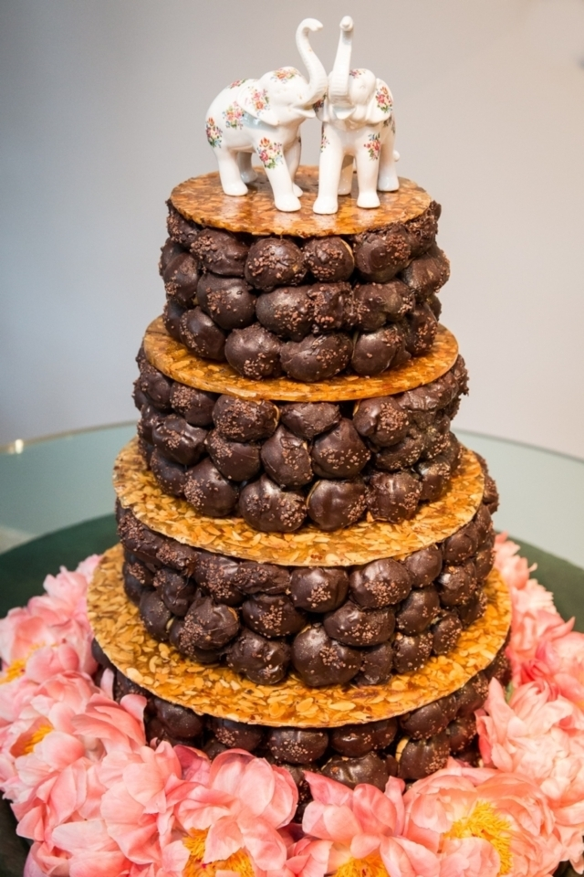 8 Alternative Wedding Cakes That Arent Cake at All