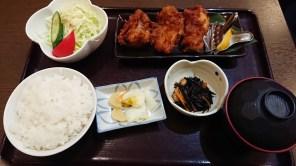 浜忠さんの唐揚げ定食