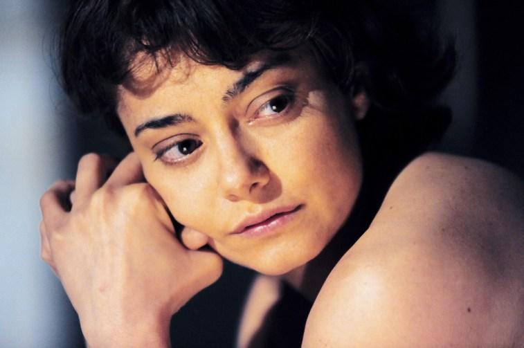 DONNA NON RIEDUCABILE_Elena Arvigo (1)