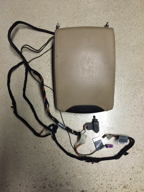 small resolution of bmw e53 x5 center console arm rest assembly beige with wiring harness 51167077532