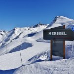 Meribel sign on piste coming from val thorens