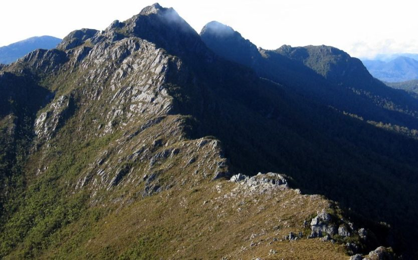 Quartzite ridgeline of Sentinels Ridge, in the Southwestern Tasmanian Wilderness