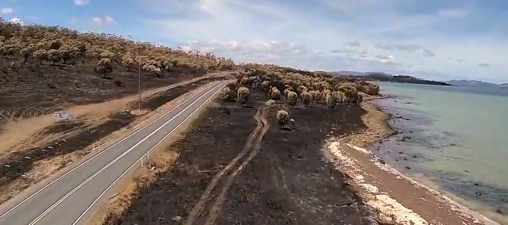 A Quadcopter View of the Jan-13 Tasmanian Fires-by Rian Taylor-36