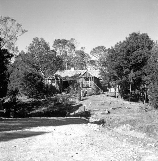 Waldheim. Tasmanian Archive and Heritage Office (NS3195)_2400px_1200px