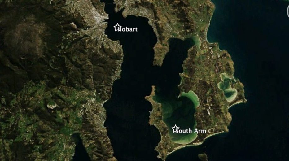 An Island of Isthmuses - Satellite Imagery via Mapbox_08.48