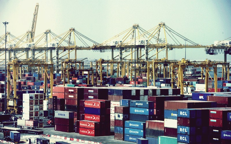 Thai exports drop 4.9% in March