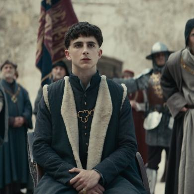 The King: Steven Elder, Timothée Chalamet, Sean Harris