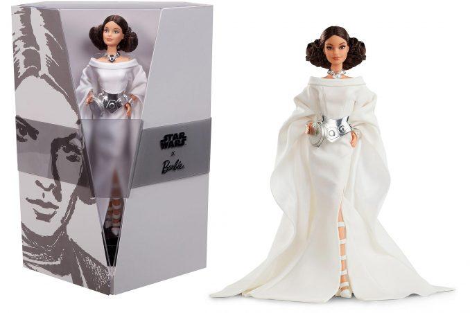Princess Leia inside and outside the Barbie box.