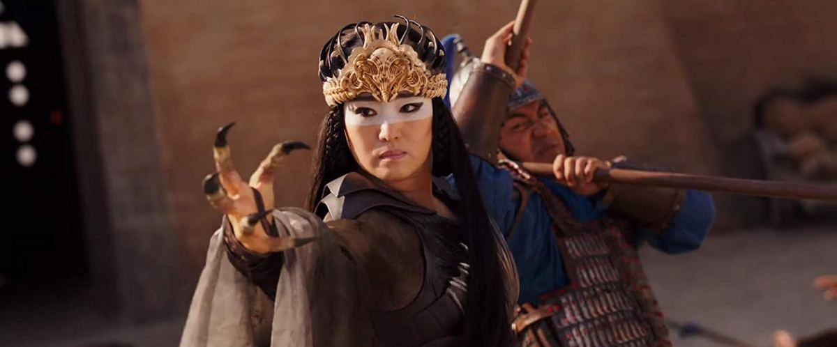 Li Gong as Xian Lang in the live action Mulan