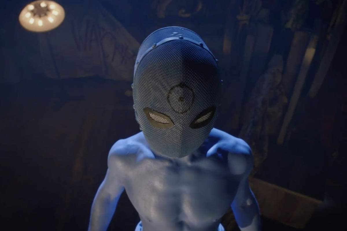 """The reveal of Dr. Manhattan in the play """"the Watchmen's son."""""""