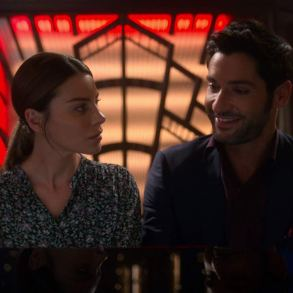 chloe decker and lucifer morningstar at a piano