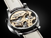 Romain_Gauthier_Insight_Micro-Rotor_White_Gold_15