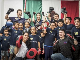 Adriana Lima, IWC ambassador and the kids from Laures Program
