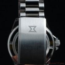 EDOX-SkyDiver-Military-soldat-bracelet-buckle