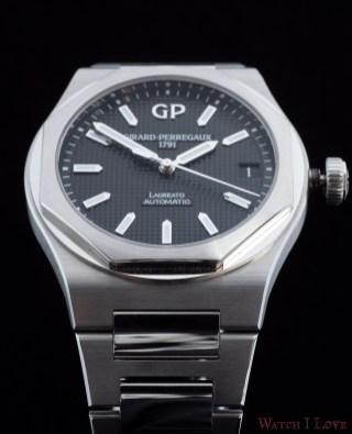 Girard-Perregaux-Laureato-42mm-Ref.-81010-11-634-11A-hero