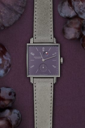 10_NOMOS_Tetra-Plum_with_fruits_upright
