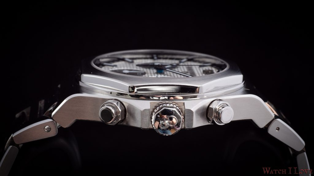 Girard-Perregaux Laureato 42mm Chronograph Ref. 81020-11-131-11