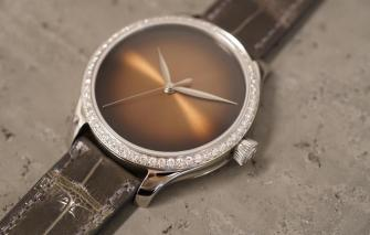 H. Moser & Cie. Endeavour Centre Seconds Concept Diamonds Dubai Limited Edition