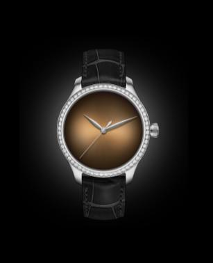 endeavour_centre_seconds_concept_diamonds_dubai_limited_edition_1200-1212_soldat_glow