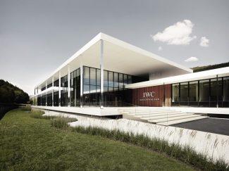 iwcschaffhausenmanufacturingcenterexteriorviewmainentrance-936213