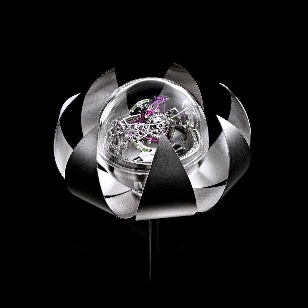 Anton Suhanov Lotus Clock
