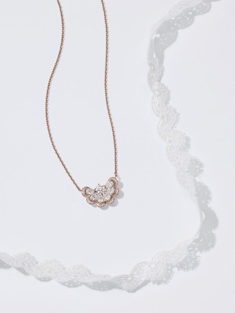 """Nuage"" necklace"