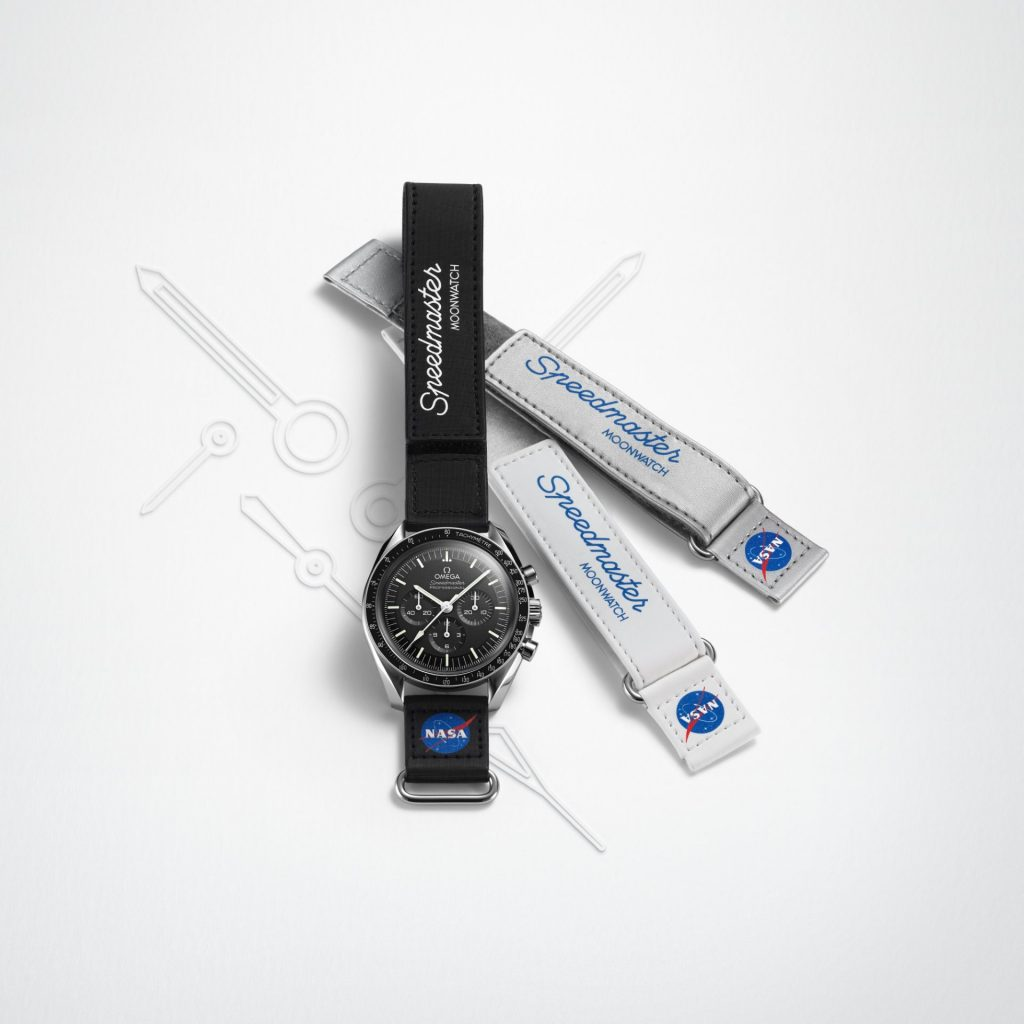 - Black, silver or white nonwoven polyester Velcro® strap with transferred NASA meatball logo and Speedmaster Moonwatch ; transferred OMEGA logo on the reverse side - Fitting : 20 mm between lugs, 20 mm on loop - Weight : 7 g (Based on standard strap)