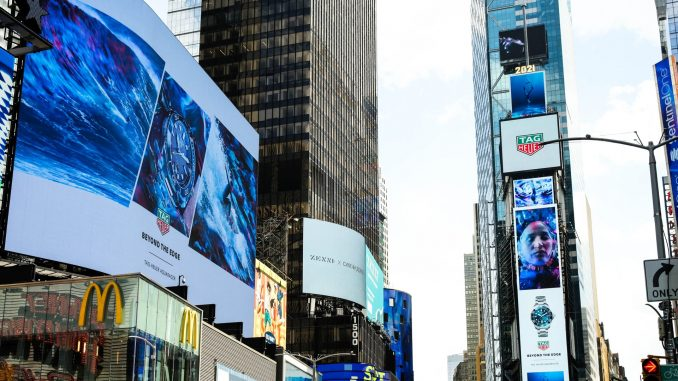 TAG Heuer takes over the most iconic locations worldwide