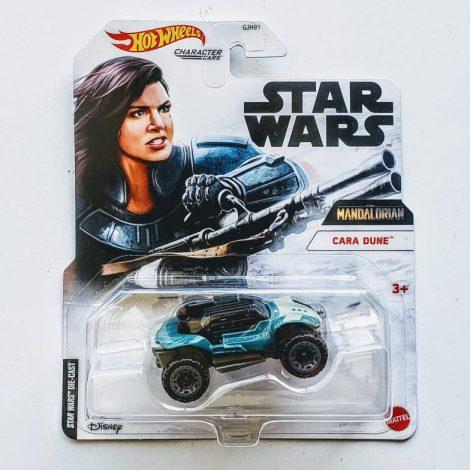 Hot Wheels 2021 Star Wars Character Cars Mandolorian Cara Dune GRM29