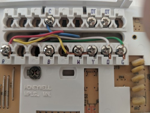 small resolution of i have a yellow wire going to y and w how do i connect to general thermostat wiring source general electric weathertron thermostat wiring diagram