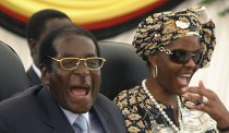 Mugabe with Grace Mugabe