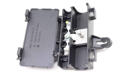 small resolution of  audi a8 d3 battery junction fuse box large photo large photo large photo
