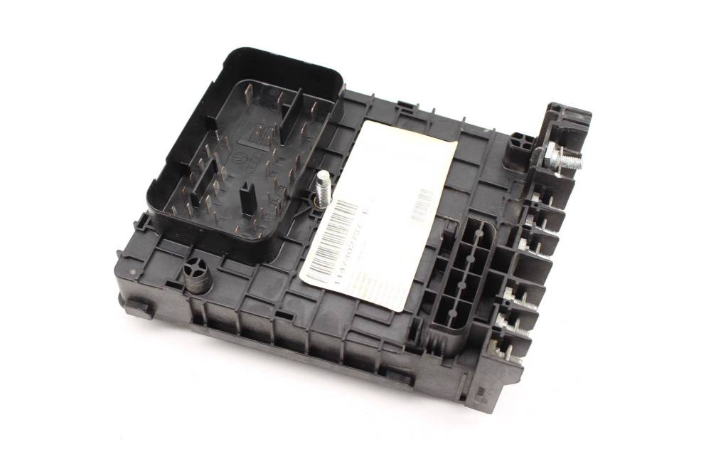 medium resolution of  vw tiguan relay fuse box large photo large photo