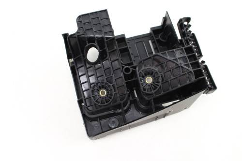 small resolution of 2009 2017 10 11 12 13 14 15 16 vw tiguan fuse box relay plate bracket
