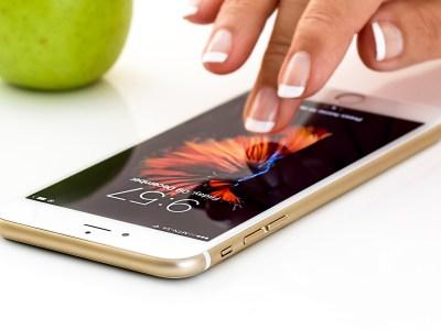 Justiça China proíbe venda iPhone Apple