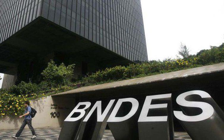BNDES divulga lista com os seus 50 maiores clientes