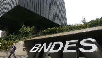 5b84aabaf MPF denuncia Joesley, Mantega, Palocci e mais 9 por apoio do BNDES à JBS