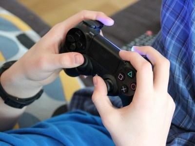 Jair Bolsonaro decreta redução de impostos sobre videogames