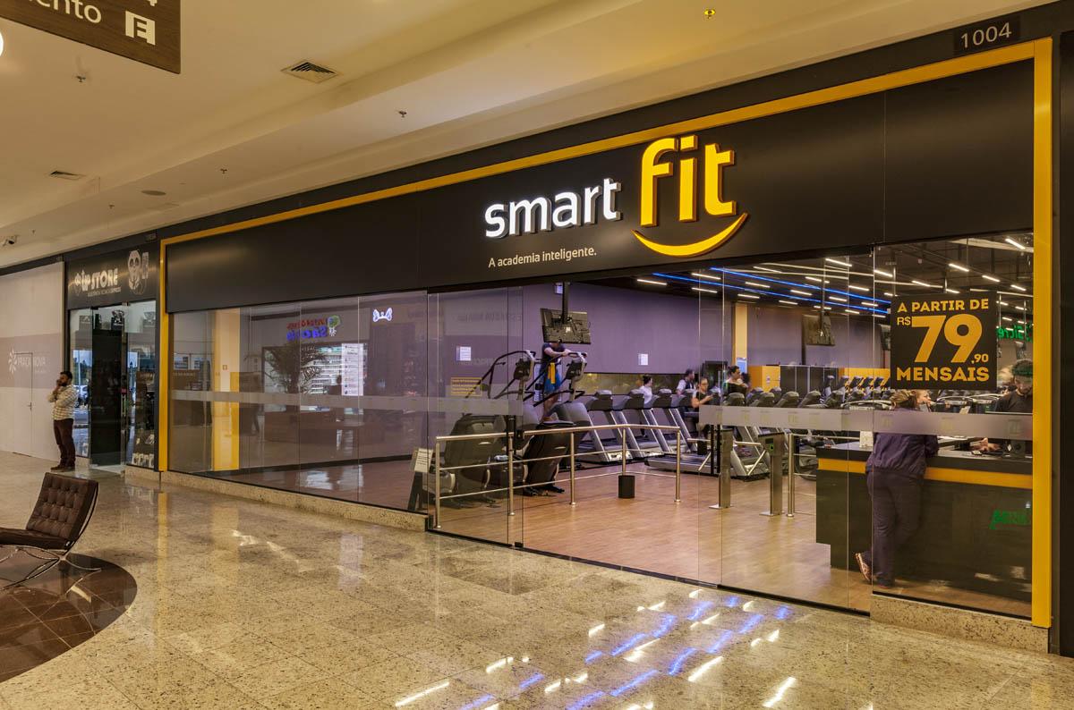 Resultado de imagem para Fundo de pensão do Canadá compra 12,4% da Smart Fit