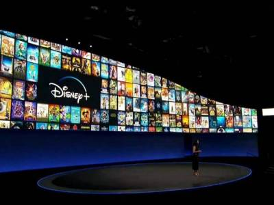 Disney oferece um ano de streaming grátis; ações da Netflix caem