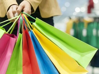Comércio deve faturar R$ 3,67 bi durante a Black Friday, aponta CNC