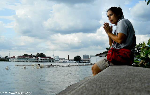 Bangkok river 29102011