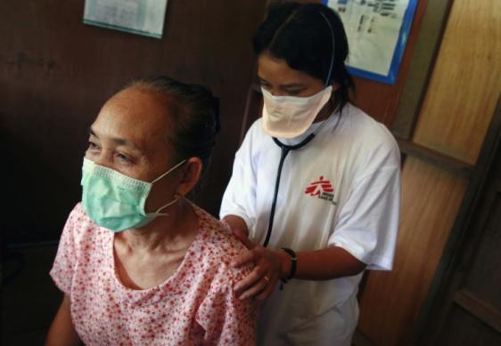 Traitement de la tuberculose chez les migrants birmans