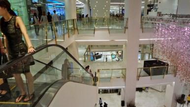 Le centre commercial Emporium à Bangkok. BTS : Phrom Phong