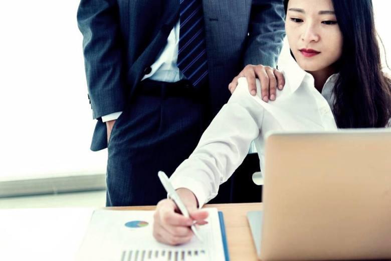 Les milieux professionnels, terreaux du harcèlement sexuel
