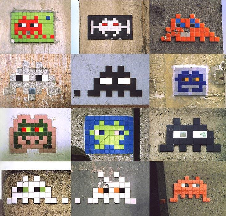 Plusieurs Space invader en mosaïque sur un mur