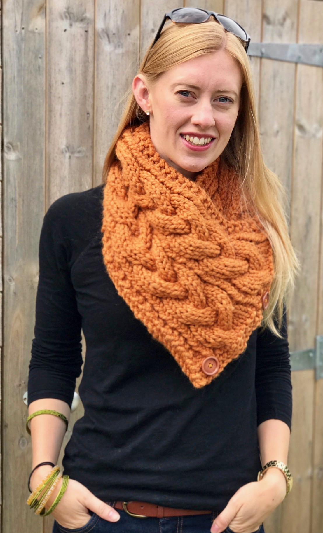Knitted Neck Warmer : knitted, warmer, Eirene, Cable, Warmer, Triangular, Scarf, Knitting, Pattern